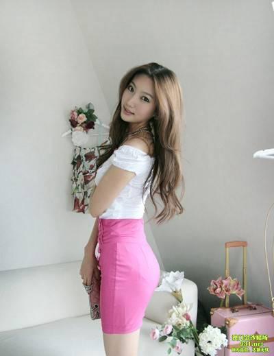 色影音在线中文字幕_手提香奈儿包包的美腿女孩-www.avzz13.com-豆豆色avzz13